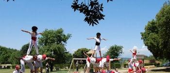 Castellcir .  El passat dissabte dia 30 de Maig i dins&nbsp;del marc de la festa de l'edu.moian&egrave;s, van comen&ccedil;ar les actuacions del grup &quot;Els Falcons de Castellcir&quot;, d&acute;aquesta encara desconeguda activitat esportiva. <BR><BR>  La propera actuaci&oacute; tindr&agrave; lloc el dia 27 de Juny a Vilafranca, conjuntament amb totes les Colles de Falcons. <BR><BR>  Si amplieu la not&iacute;cia podreu seguir part de la seva actuaci&oacute;. <BR><BR>